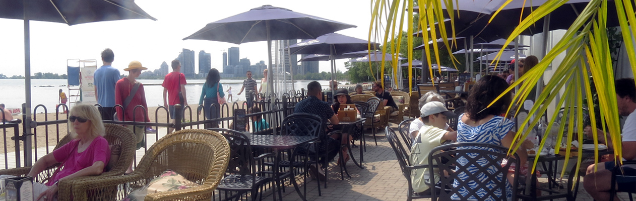 SunnySide-Cafe-Patio-Beach-pic-2